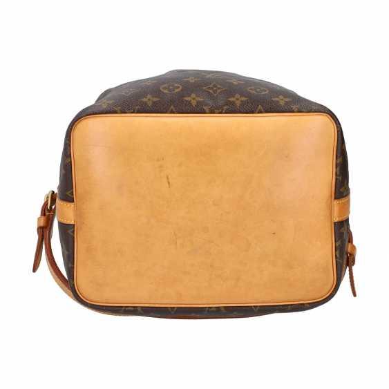 """LOUIS VUITTON pouch bag """"PETIT NOÉ"""", collection: 2001, current new price: € 1,020. - photo 5"""