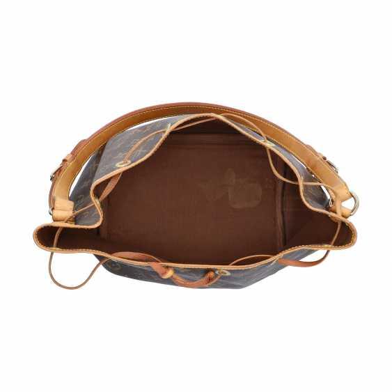 """LOUIS VUITTON pouch bag """"PETIT NOÉ"""", collection: 2001, current new price: € 1,020. - photo 6"""