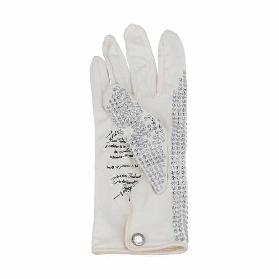LOUIS VUITTON gloves invitation Paris Fashion Week 2019. - photo 2