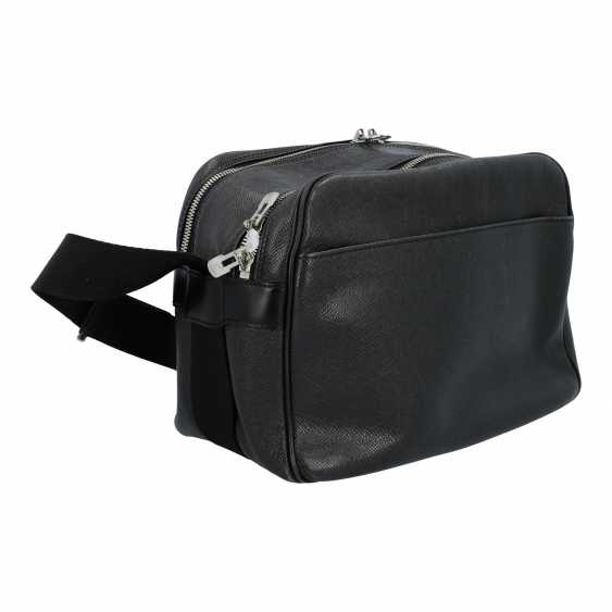 """LOUIS VUITTON shoulder bag """"REPORTER"""", collection: 2003, new price: approx. € 2,900. - photo 2"""