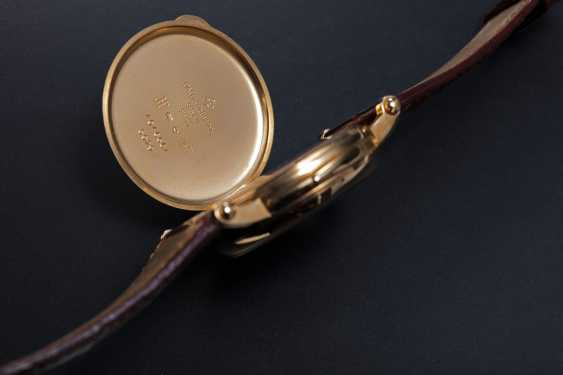 PATEK PHILIPPE, REF. 5029, A RARE GOLD MINUTE REPEATING CHRONOMETER WRISTWATCH - photo 3