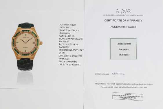 AUDEMARS PIGUET, A SET OF SIX GOLD BEJEWELLED ROYAL OAK WRISTWATCHES WITH ITS ORIGINAL PRESENTATON BOX - photo 16