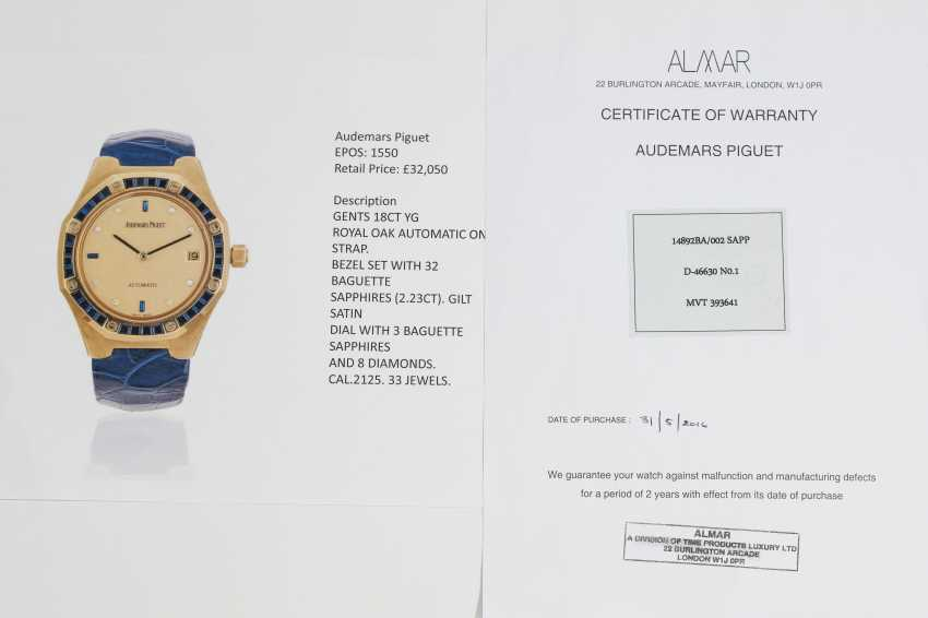 AUDEMARS PIGUET, A SET OF SIX GOLD BEJEWELLED ROYAL OAK WRISTWATCHES WITH ITS ORIGINAL PRESENTATON BOX - photo 17
