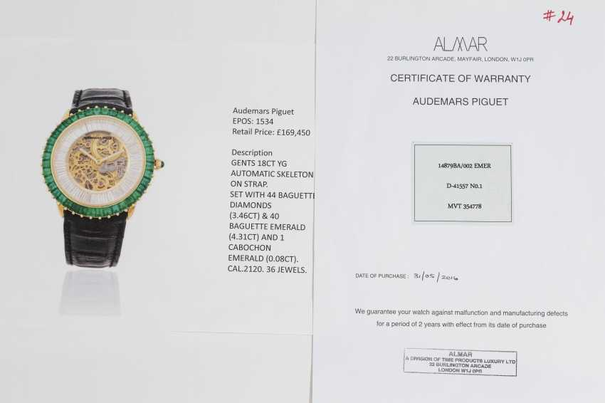 AUDEMARS PIGUET, A GENTS GOLD WRISTWATCH SET WITH EMERALDS, DIAMONDS AND SKELETONISED DIAL, ENGRAVED NO. 1 - photo 4