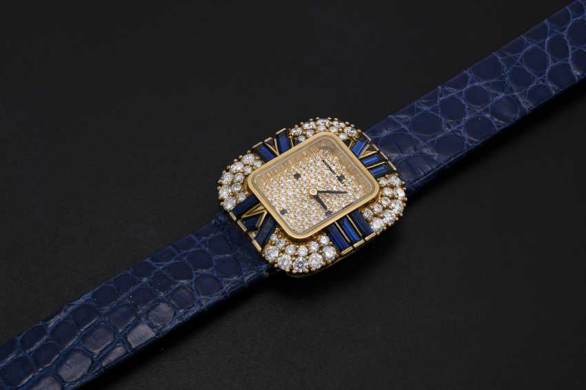 AUDEMARS PIGUET, A LADIES GOLD WRISTWATCH SET WITH DIAMONDS AND SAPPHIRES AND A PAVED DIAL - photo 1