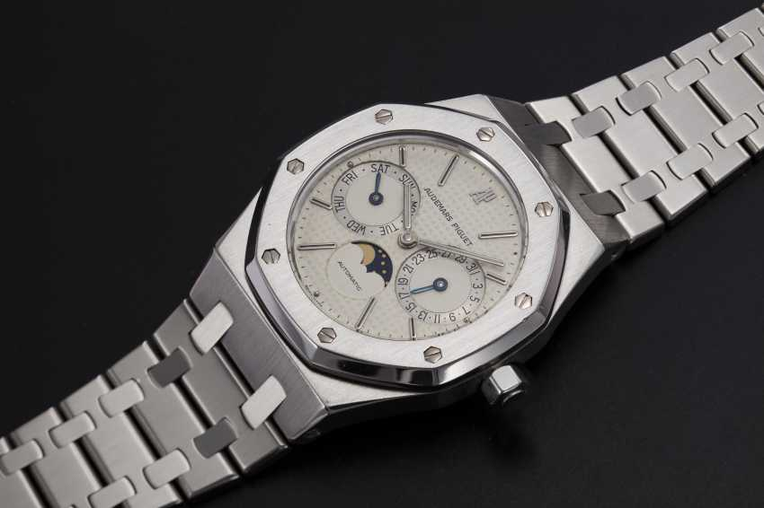 AUDEMARS PIGUET, A STAINLESS STEEL ROYAL OAK DAY-DATE WITH MOON-PHASE, REF. 25594ST - photo 1
