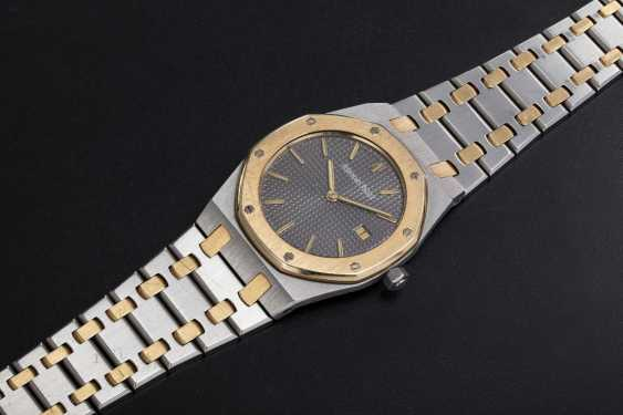AUDEMARS PIGUET, A LADIES TWO-TONE ROYAL OAK QUARTZ WRISTWATCH - photo 1