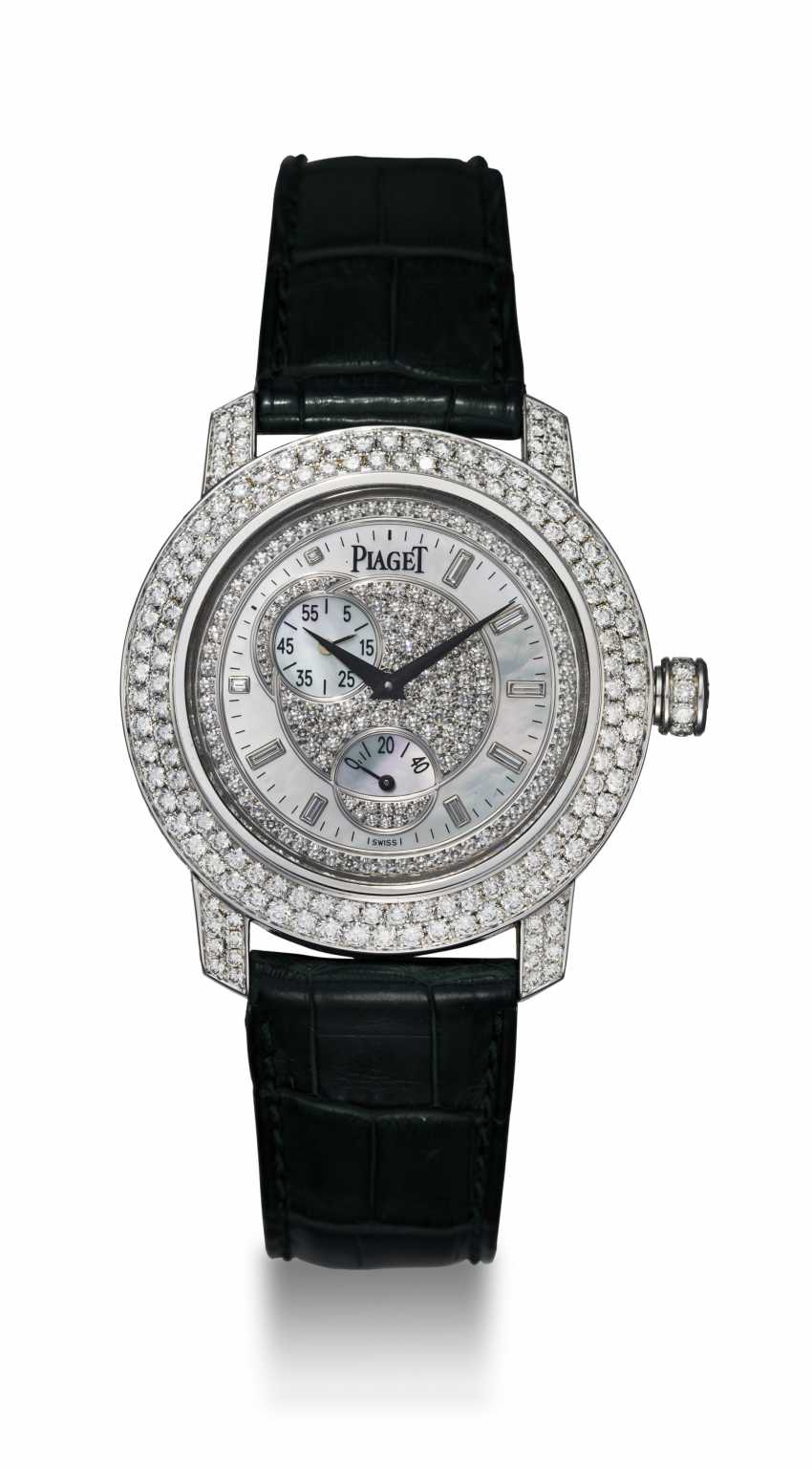 PIAGET, A WHITE GOLD DIAMOND-SET SHEIKA AUTOMATIC WRISTWATCH - photo 3