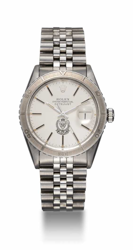 ROLEX, A STEEL OYSTER PERPETUAL DATEJUST MADE FOR THE BAHRAIN MINISTY OF INTERIOR, REF. 16250 - photo 3