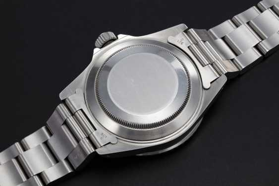 ROLEX, A STAINLESS STEEL OYSTER PERPETUAL ROLEX SUBMARINER, REF. 16610 - photo 2