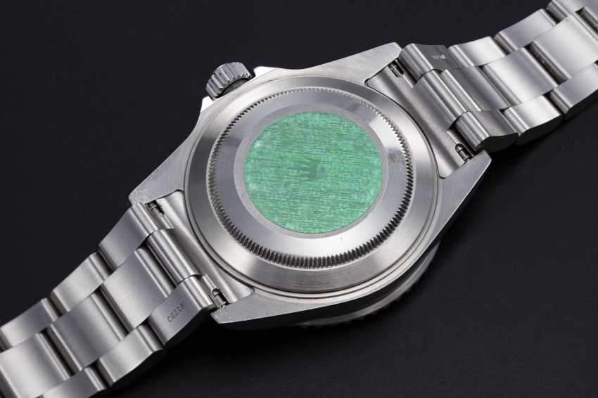"""ROLEX, A STAINLESS STEEL OYSTER PERPETUAL SUBMARINER """"FLAT FOUR"""", REF. 16610LV - photo 2"""