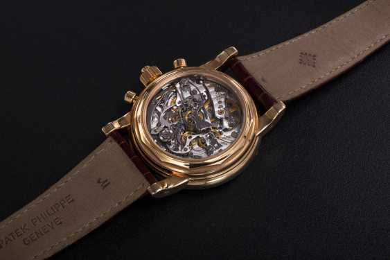 PATEK PHILIPPE, REF. 5004R, A RARE PERPETUAL CALENDAR SPLIT-SECONDS CHRONOGRAPH WITH RUBY HOUR-MARKERS - photo 2