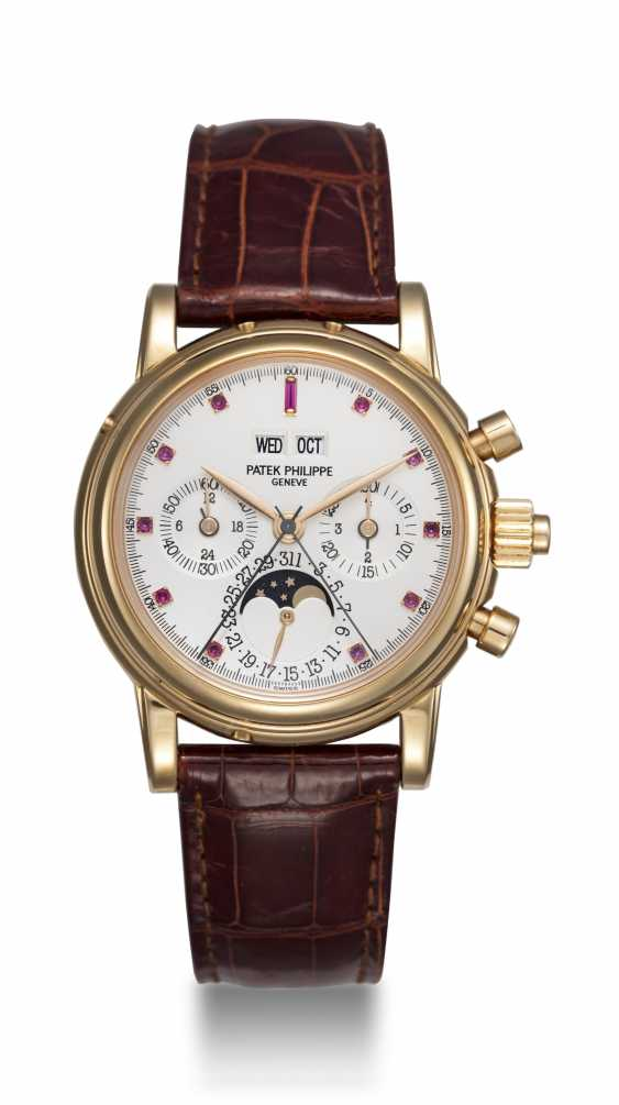 PATEK PHILIPPE, REF. 5004R, A RARE PERPETUAL CALENDAR SPLIT-SECONDS CHRONOGRAPH WITH RUBY HOUR-MARKERS - photo 3