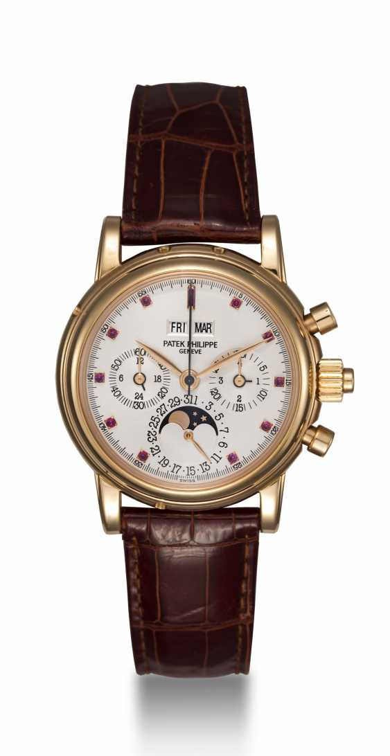 PATEK PHILIPPE, REF. 5004R, A RARE PERPETUAL CALENDAR SPLIT-SECONDS CHRONOGRAPH WITH RUBY HOUR-MARKERS - photo 4