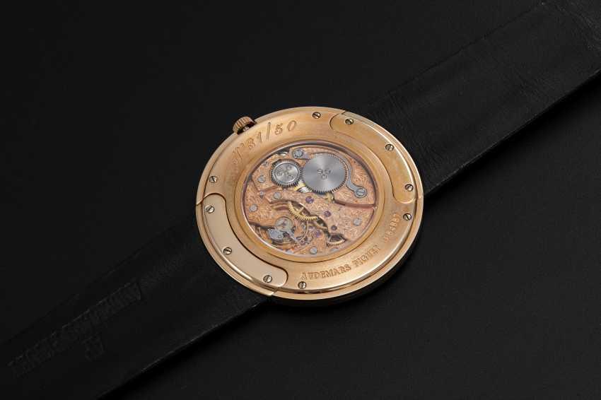 AUDEMARS PIGUET, A LIMITED EDITION PINK GOLD ULTRA SLIM WRISTWATCH, 31/50 - photo 2