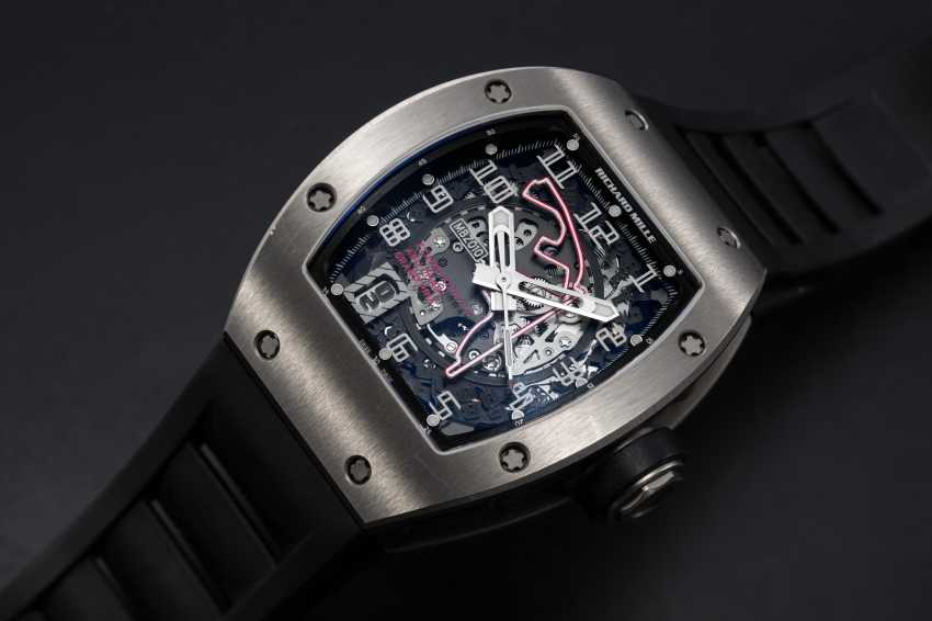 RICHARD MILLE, A TITANIUM RM010 TO MARK 1st ABU DHABI F1 GRAND PRIX, MBZ LIMITED EDITION 081/200 - photo 1