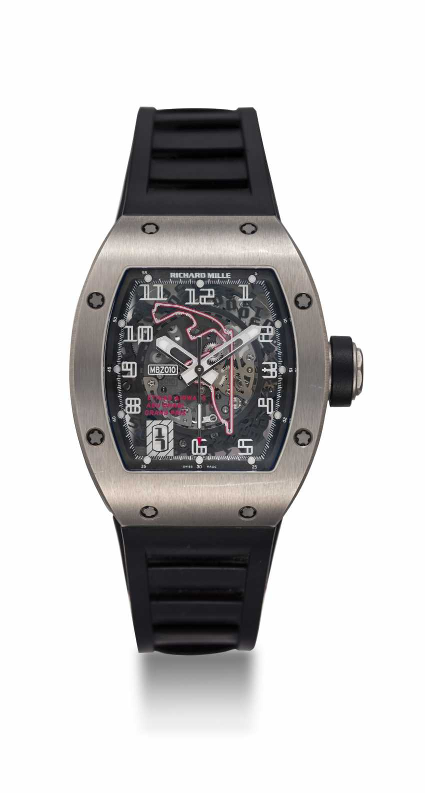 RICHARD MILLE, A TITANIUM RM010 TO MARK 1st ABU DHABI F1 GRAND PRIX, MBZ LIMITED EDITION 081/200 - photo 3