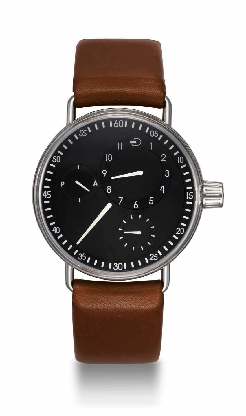 RESSENCE, A LIMITED EDITON STAINLESS STEEL SERIES ONE WRISTWATCH, TYPE 1001, 77/150 - photo 3