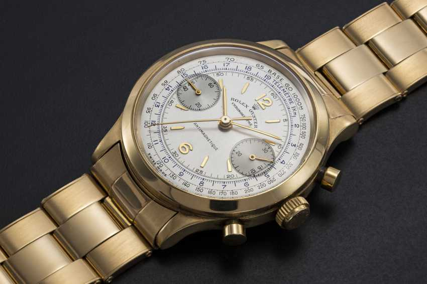 ROLEX, AN EXTREMELY RARE GOLD OYSTER CHRONOGRAPH ANTIMAGNETIQUE WRISTWATCH WITH BRACELET, REF. 3525  - photo 1