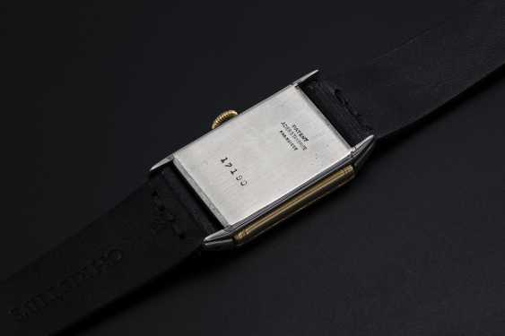 LECOULTRE, A TWO TONE REVERSO RETAILED BY CARTIER - photo 2