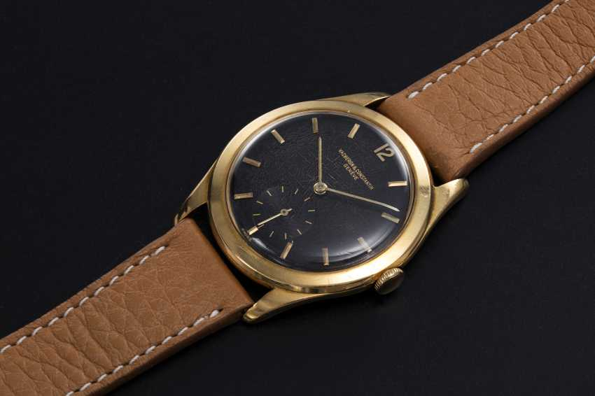 VACHERON CONSTANTIN, A GOLD MANUAL-WINDING DRESS WATCH - photo 1