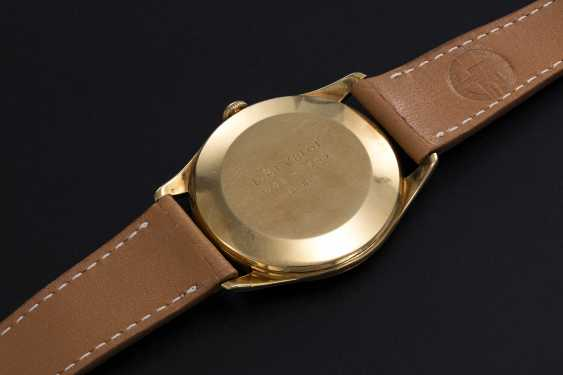 VACHERON CONSTANTIN, A GOLD MANUAL-WINDING DRESS WATCH - photo 2