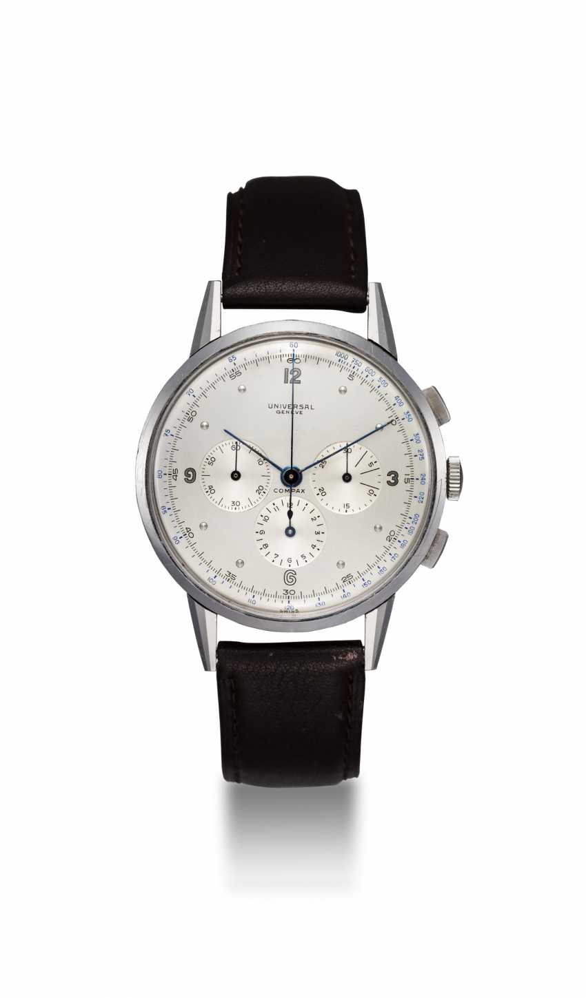 UNIVERSAL GENÈVE, AN OVERSIZED STEEL CHRONOGRAPH WRISTWATCH WITH A TWO TONE DIAL, REF. 22'430 - photo 3