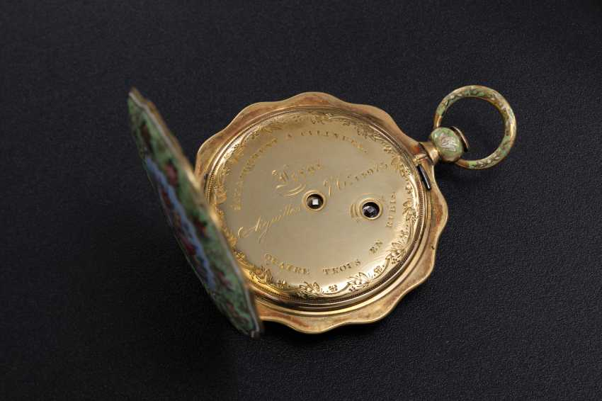 LE ROY, A GOLD AND ENAMEL SCALLOP-SHAPED CASE POCKET WATCH MADE FOR THE TURKISH MARKET - photo 3