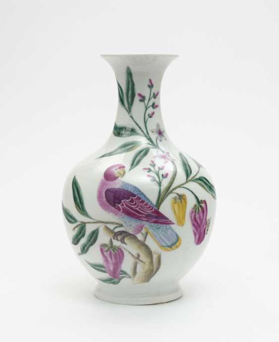 Vase, Nymphenburg, around 1960, designed by Robert Raab, executed by Anna Schürer-Renz - photo 1