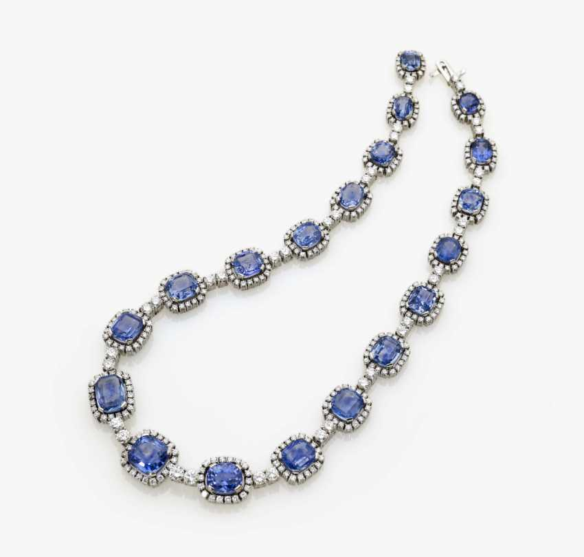 Entourage necklace with azure blue sapphires and diamonds, Germany, 1970s - photo 2
