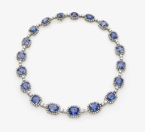 Entourage necklace with azure blue sapphires and diamonds, Germany, 1970s - photo 3