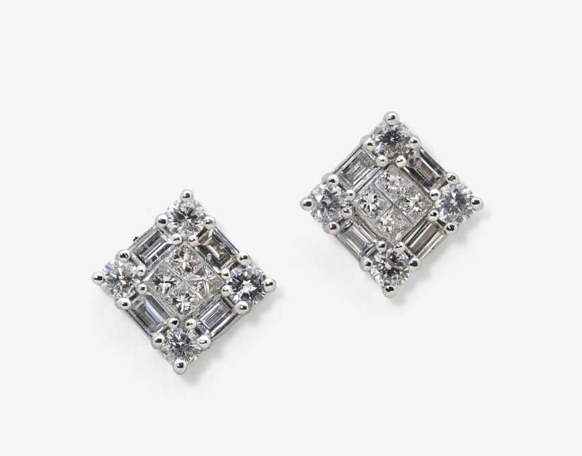 A pair of diamond earrings, Germany - photo 1