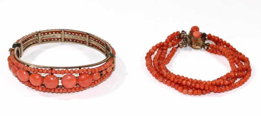 Coral jewelry around 1900 - photo 1