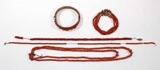 Coral jewelry around 1900 - photo 2