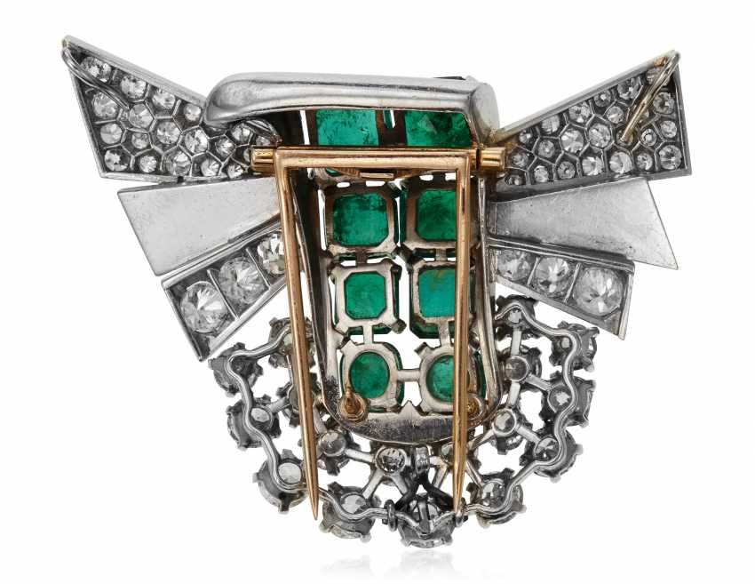 EMERALD, SIMULATED EMERALD AND DIAMOND BROOCH - photo 3