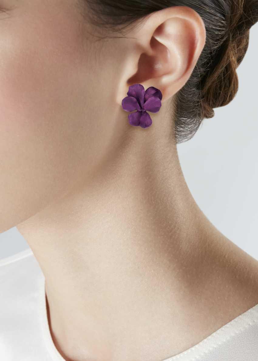 JAR ALUMINUM 'PANSY' EARRINGS - photo 2