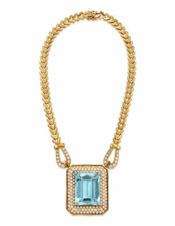 AQUAMARINE, DIAMOND AND GOLD NECKLACE - photo 3