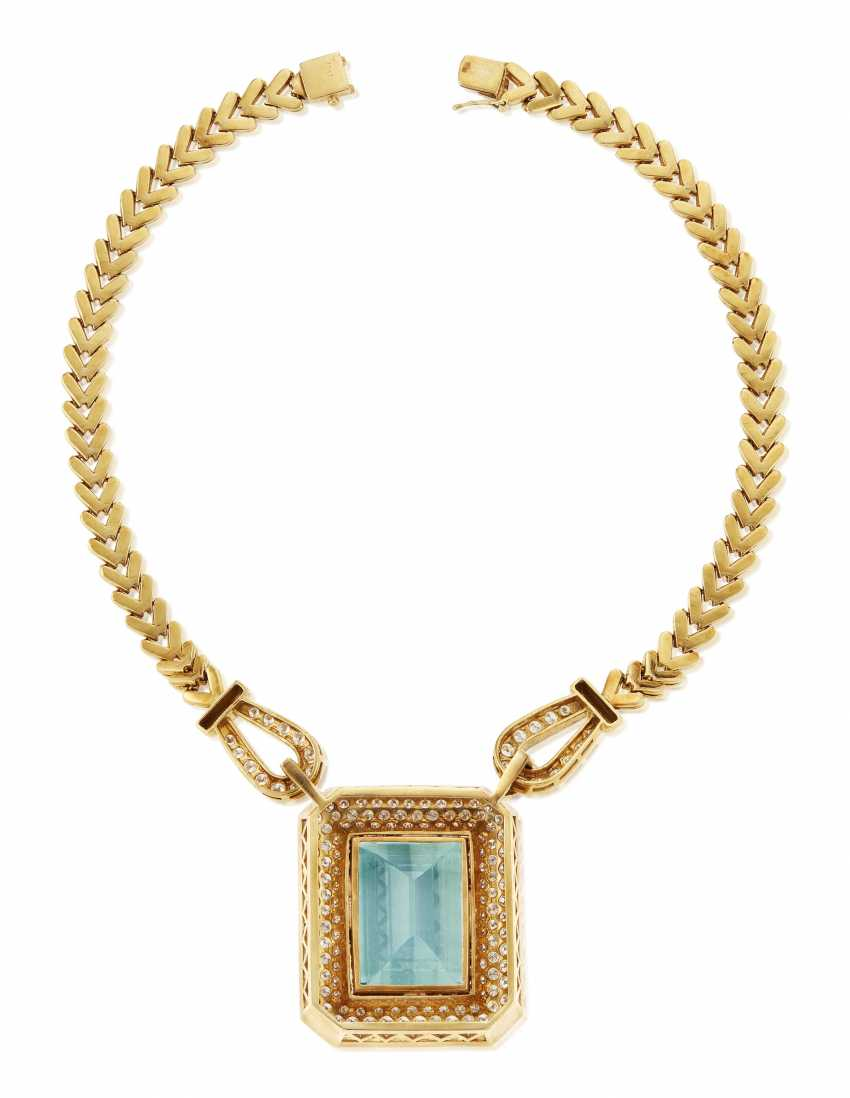 AQUAMARINE, DIAMOND AND GOLD NECKLACE - photo 4