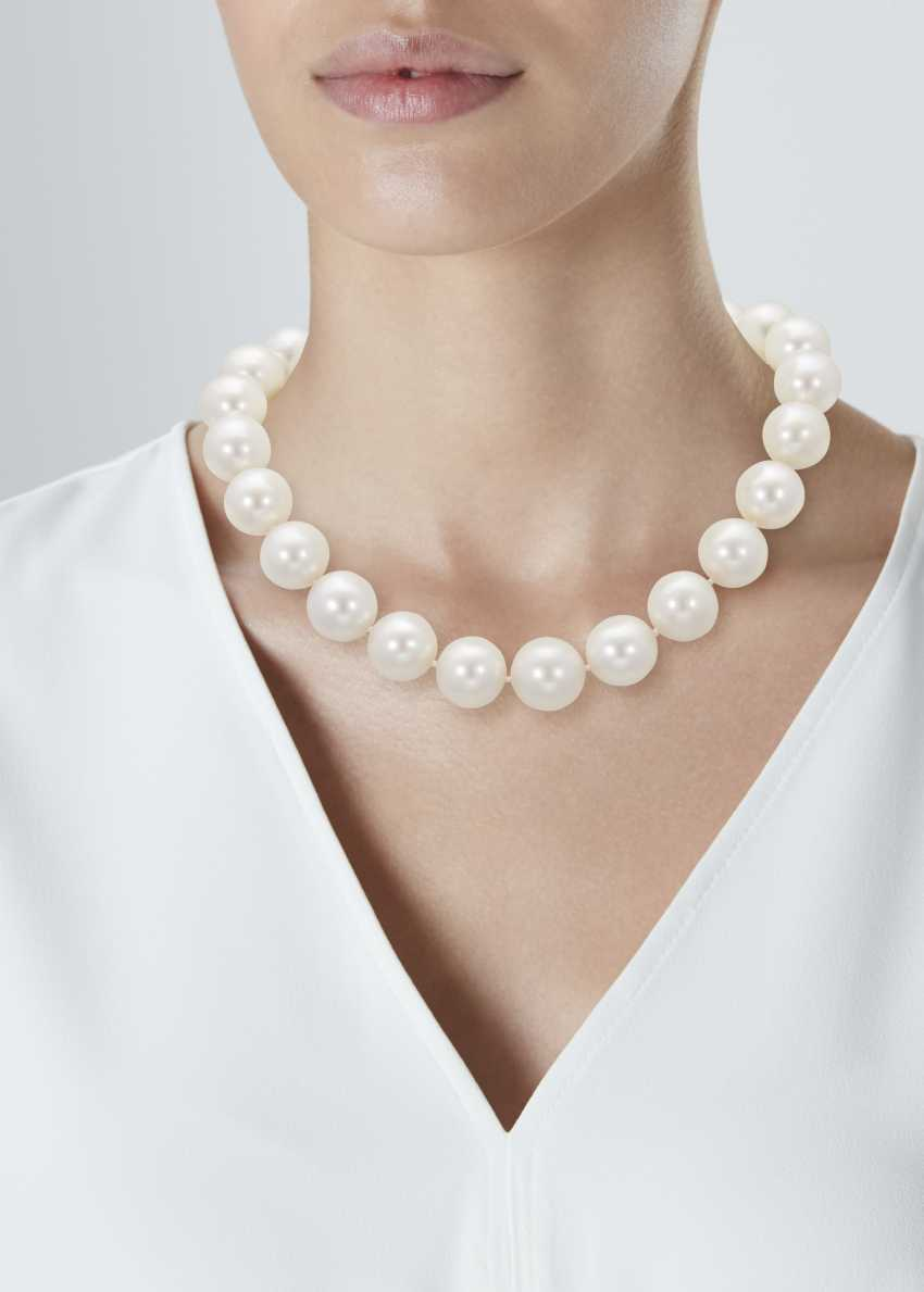 SINGLE-STRAND CULTURED PEARL NECKLACE - photo 2