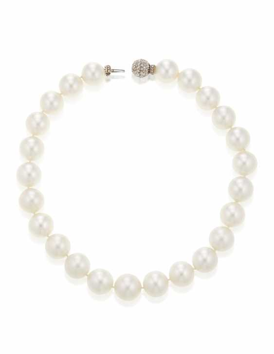 SINGLE-STRAND CULTURED PEARL NECKLACE - photo 4