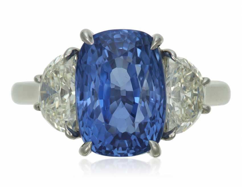 SAPPHIRE AND DIAMOND RING - photo 1