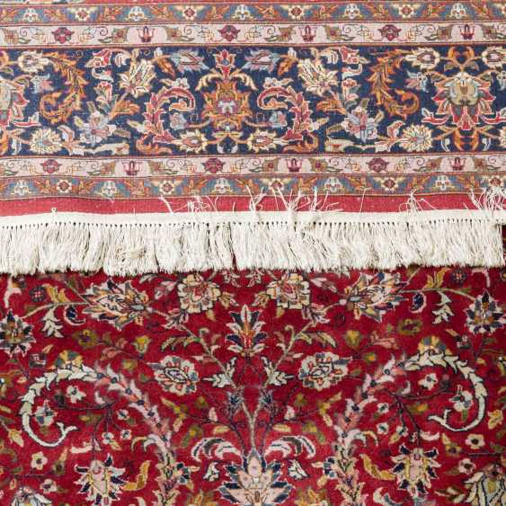 Oriental carpet. 20th century, 258x246 cm - photo 3