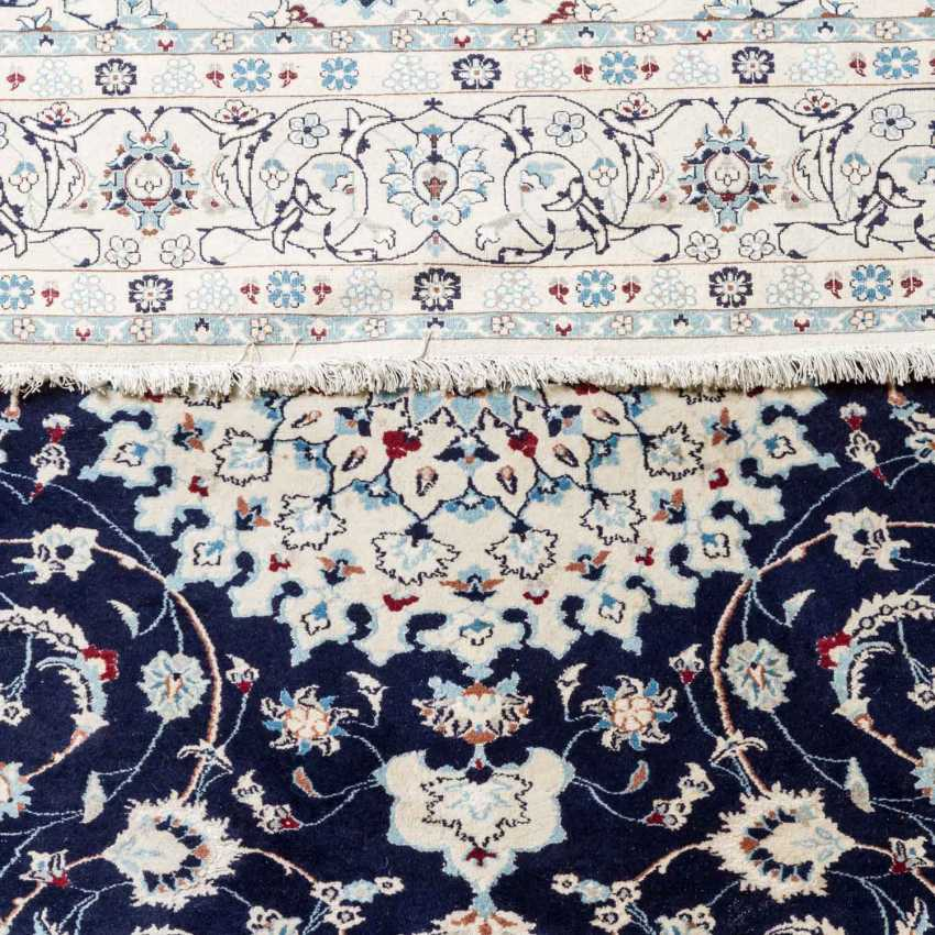 Oriental carpet. NAIN / PERSIEN, 1980s, 296x207 cm. - photo 3