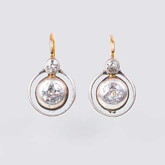 Pair of Art Nouveau diamond earrings - photo 1