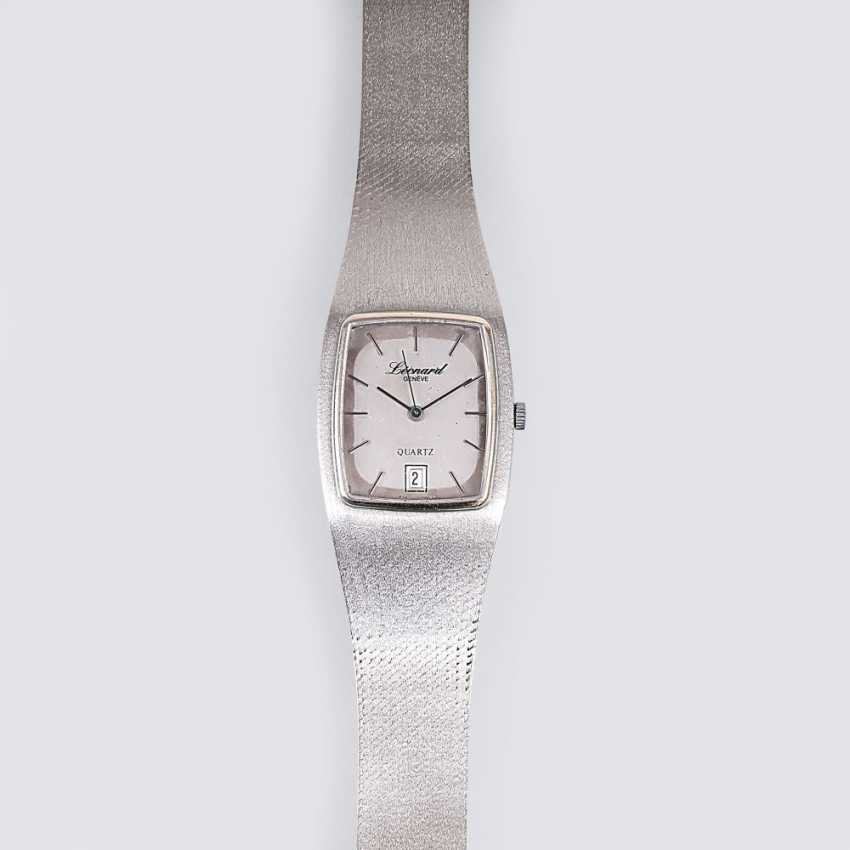 Vintage men's wristwatch - photo 1