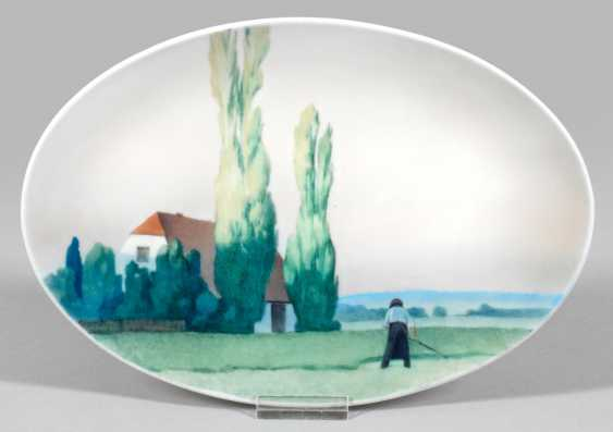 Art Nouveau plate depicting landscape - photo 1