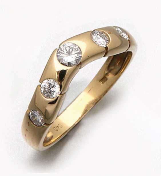 Band ring with diamonds - photo 1