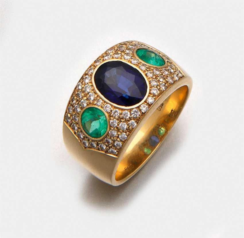 Representative sapphire emerald ring - photo 1