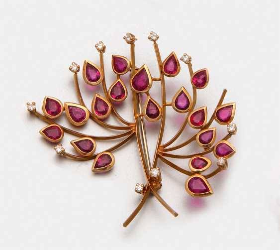 Decorative ruby brooch - photo 1