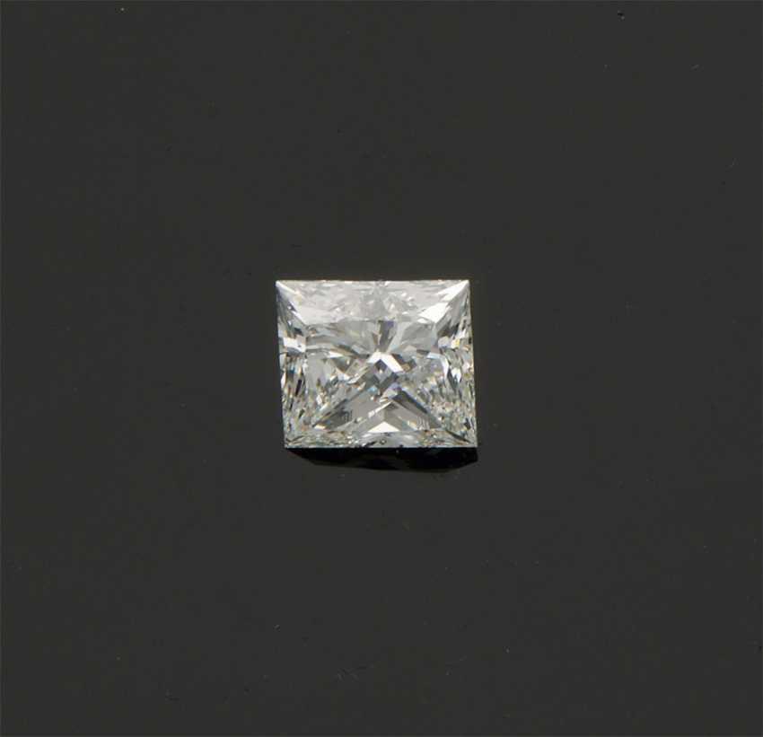 Very fine diamond solitaire in a princess cut - photo 1